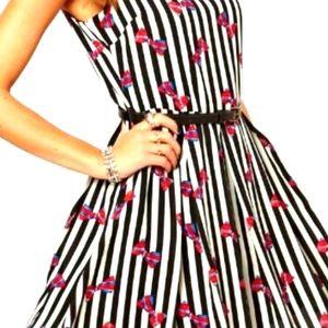 Glamorous sleeveless stripe bow dress